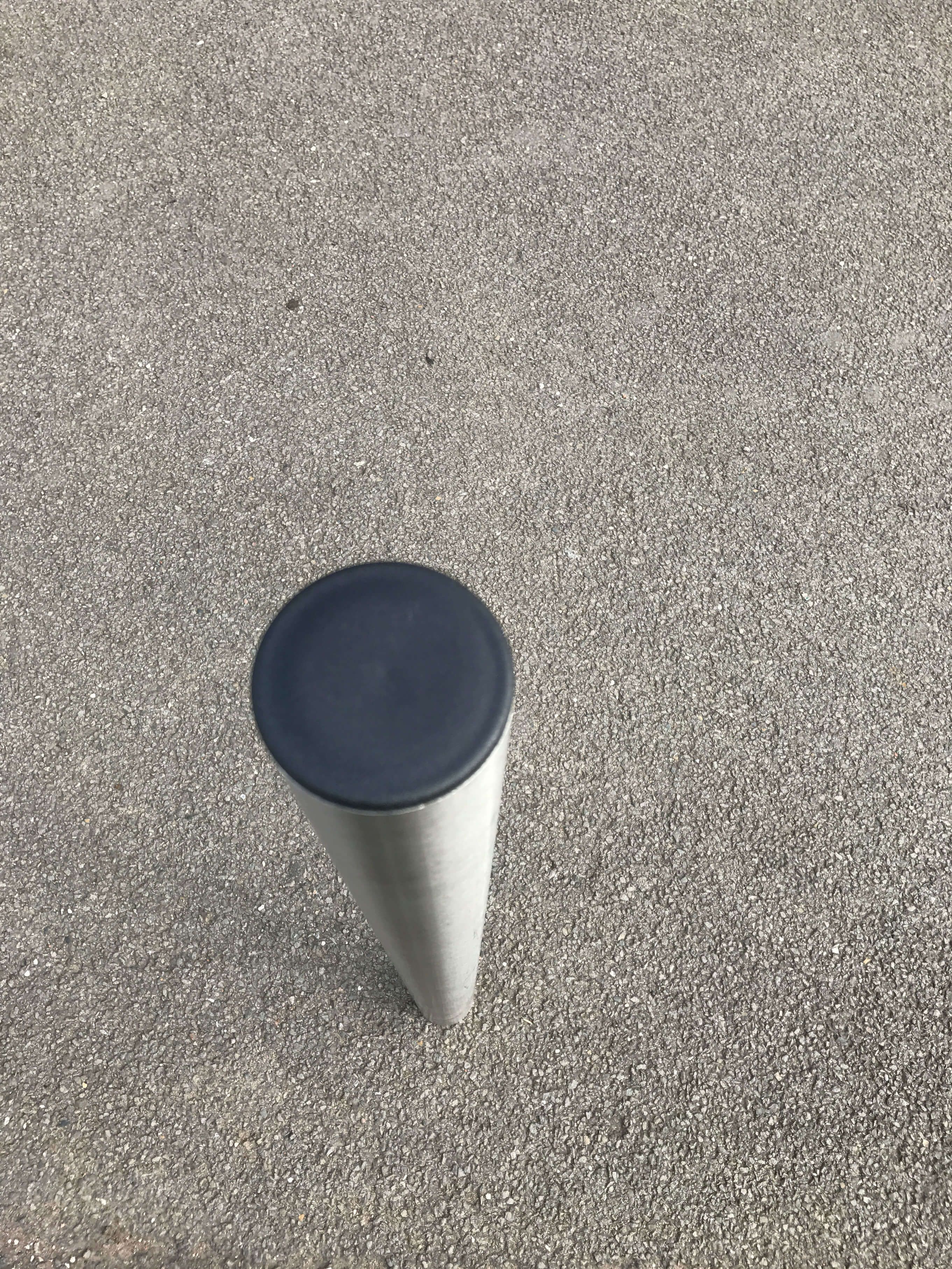 fixed anti ram bollard
